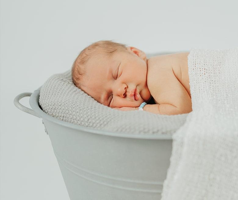 Newborn-min